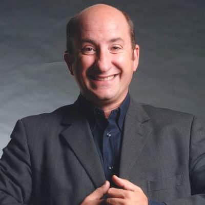 Il comico Antonio Albanese mentre sorride