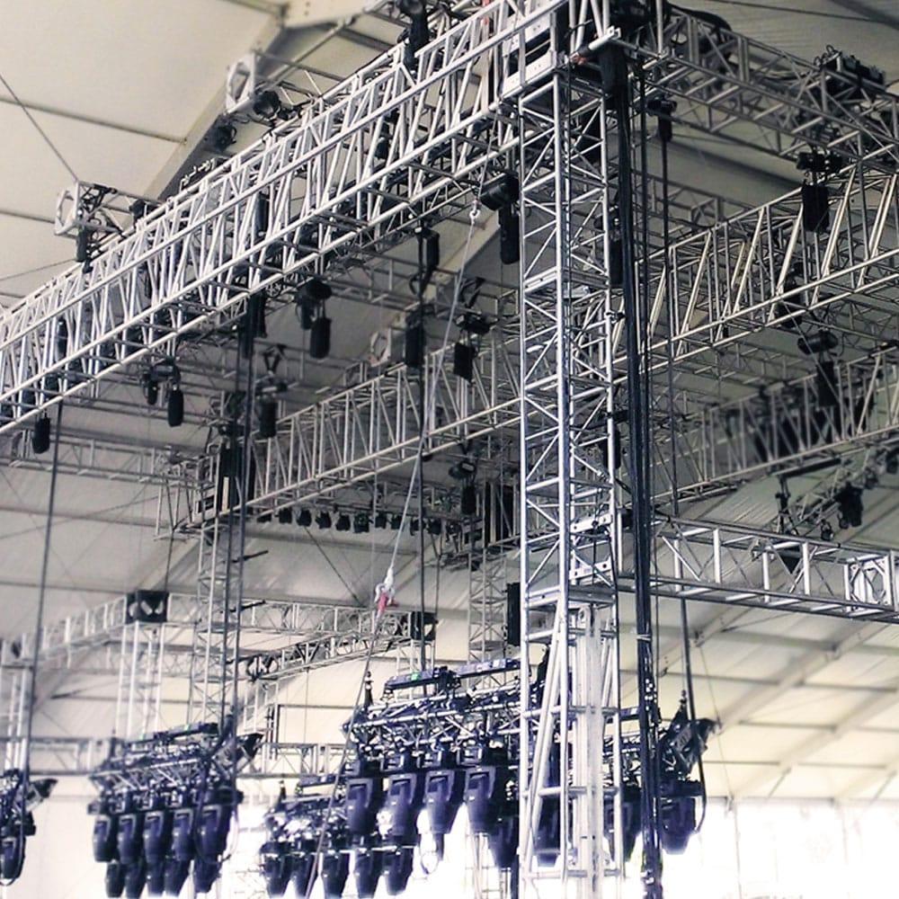 servizi tecnici per spettacoli allestimento palco